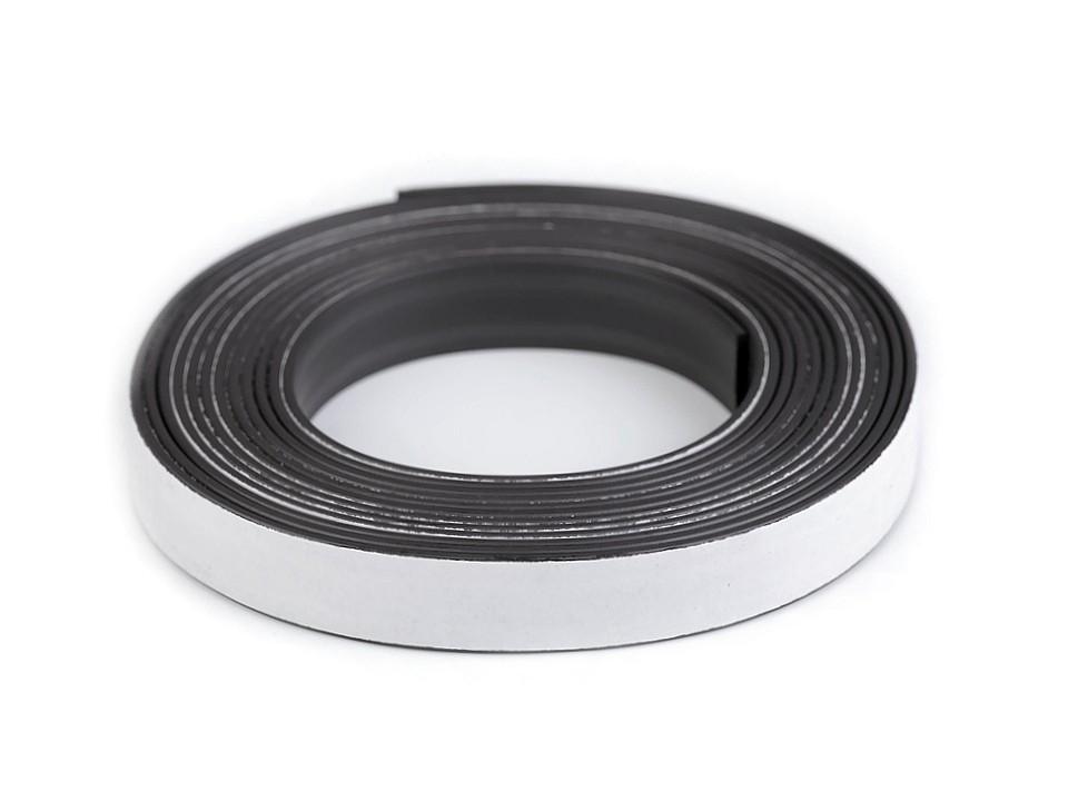 Magnetická páska samolepicí 1 ks