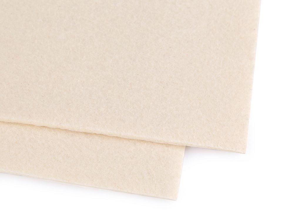 Látková dekorativní plsť / filc 30x40 cm 12 ks