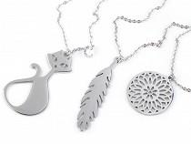 Náhrdelník kočka, pírko, mandala z nerezové oceli