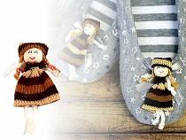 Textilní panenka / nášivka 8 cm
