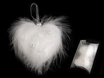 Esküvői tollas szív gyöngyökkel