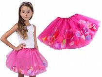 Karnevalová sukienka s kvetnými lístkami