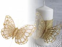 Motýl na drátku s glitry