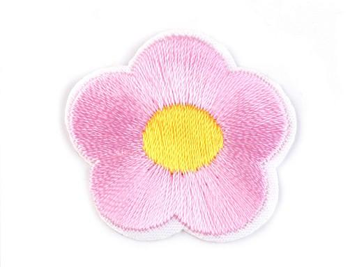 Nažehlovačka vyšívaný kvet