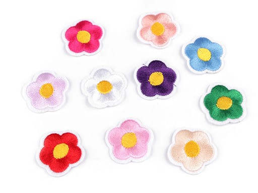 Nažehlovačka vyšívaný květ