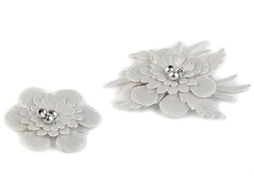 Textilní květ 3D s korálky