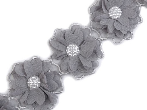 Prýmek květy s perlami šíře 58 mm