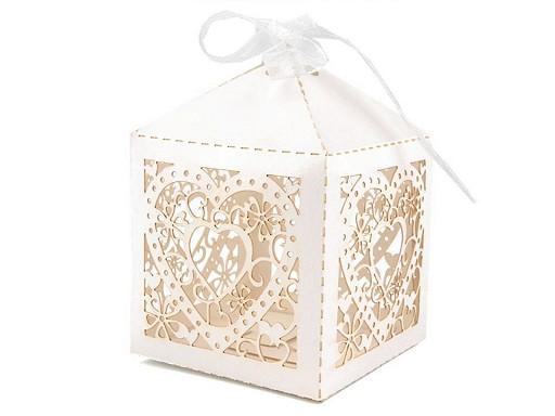Papírová krabička se stuhou