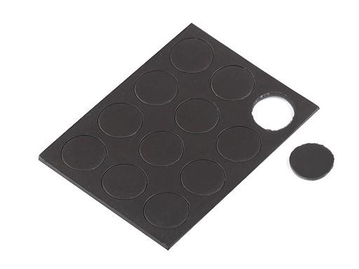 Samolepicí magnety