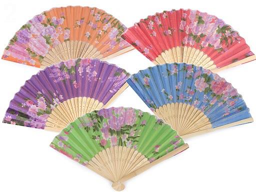 Vějíř textilní s květy