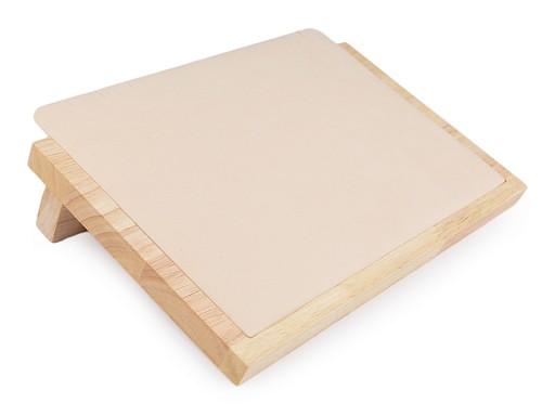 Dřevěné plato se semišem na náhrdelníky a řetízky 20,5x30 cm