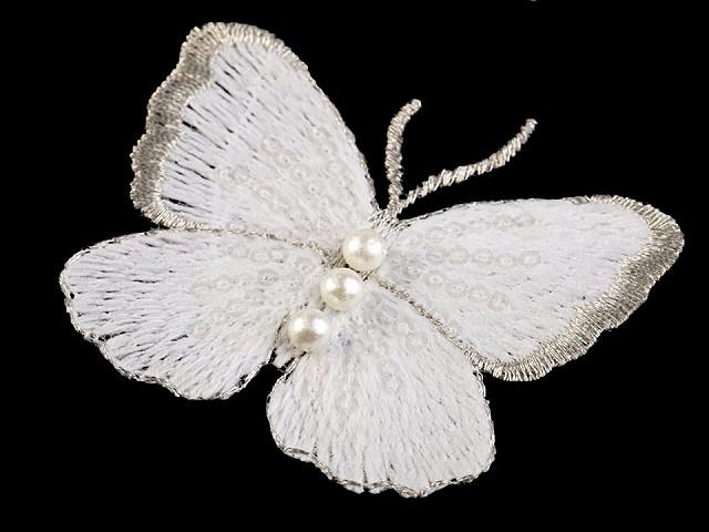 Textilná aplikácia / nášivka motýľ s perlami vyšívaný veľký