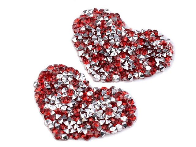 Nažehlovacie srdce s kamienkami