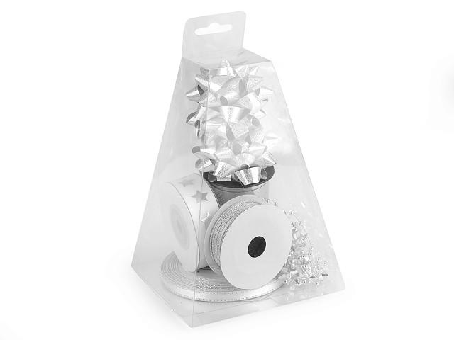 Készlet ajándékok csomagolósóra piramis