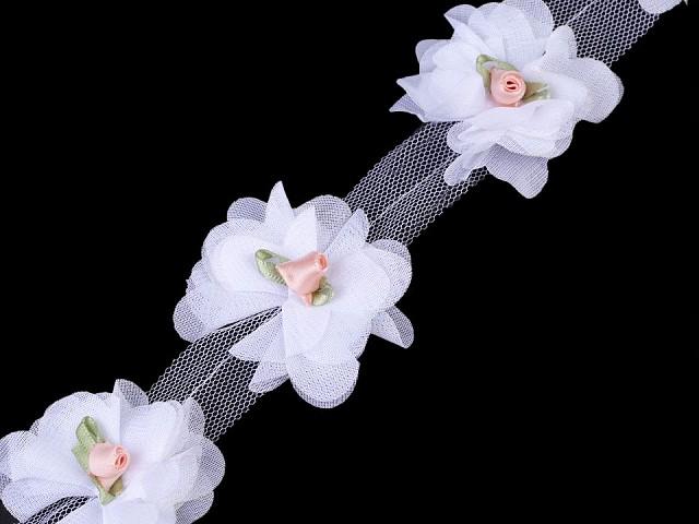 Prýmek květ s růžičkou na tylu šíře 60 mm