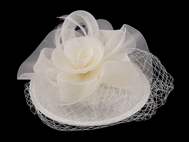 Fascinátor / klobouček květ s peřím a francouzským závojem
